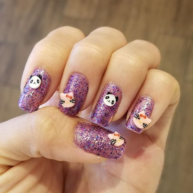 Who needs to go to a nail  shop, when its in my blood. Hello Kitty 🐈 x Panda  Nails by Amanda  Panda! #Pandasadventures