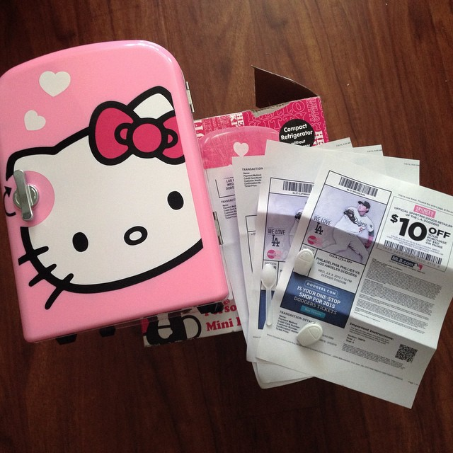 OH MY GOSH!!! I feel so elspecialosa! Pair of tickets to the #hkdodgers game ️with 🚘parking, a #hellokitty mini fridge  And a #massage  I really do feel loved today bestie! Gracias senorita Rios! 👭 @flowerdmr
