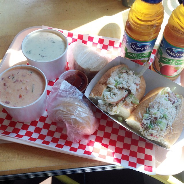 It was delicious, so worth the wait for the seafood bisque, new england clam chowder & dungeness crab roll!  #flomanda