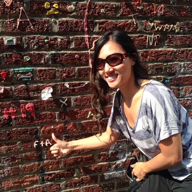 We made our contribution to the gum wall #flomanda