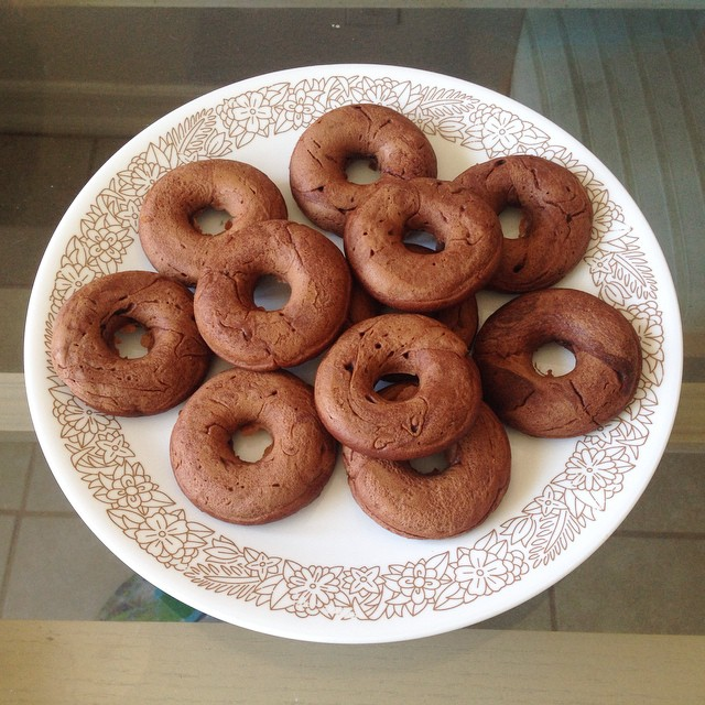 I made 15 mini chocolate #donuts and ate 7 of them. Now I am really skinny fat!