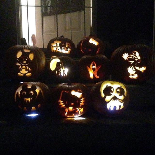 It's a pumpkin  good time 😀! Thx all for coming and carving! @jinnjuicz @peet_fit @lindaaacruzzz @junceklam @flowerdmr and co!
