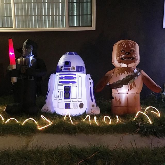May the force be with us! #Starwars #christmas ☃ @swayray