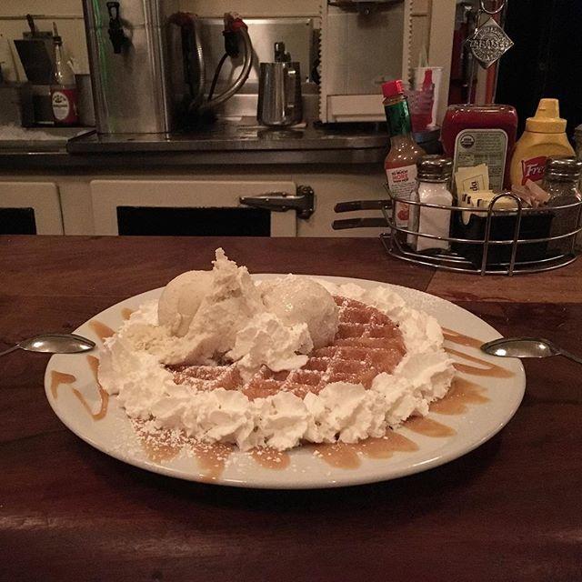 Bosa Nova Waffle! I think I have a FAT tummy now! @pacjamz
