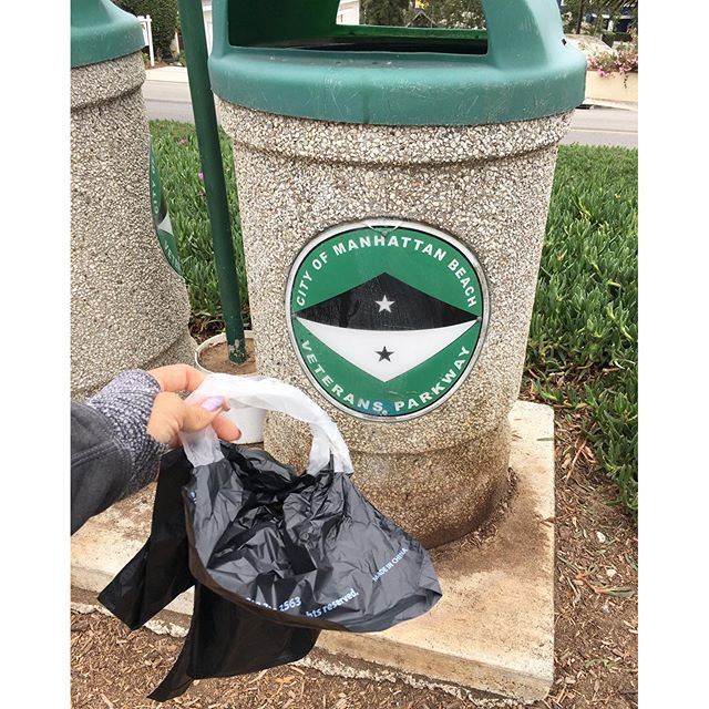 Even the dog poop bags are fancy!! #Manhattanbeach #park