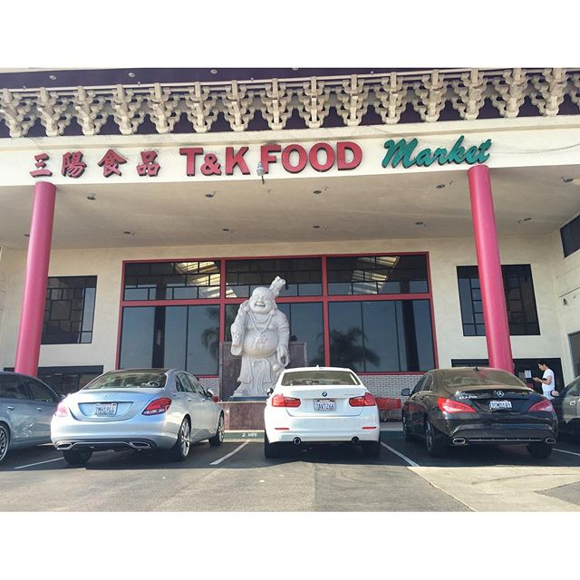 When in Asia... I mean Asian town... // Benzo sandwich//  #pandasadventures