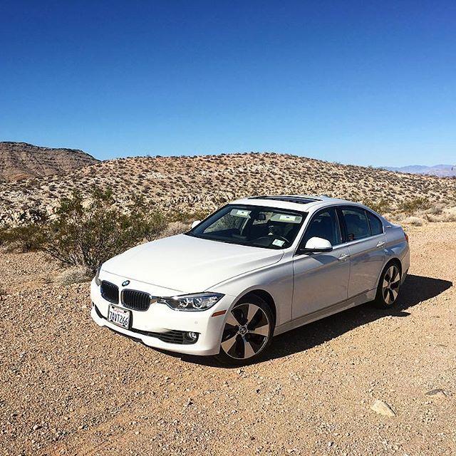 Helena looks so pretty! #BMW #cargirl #pandasadventures 🚦🏞