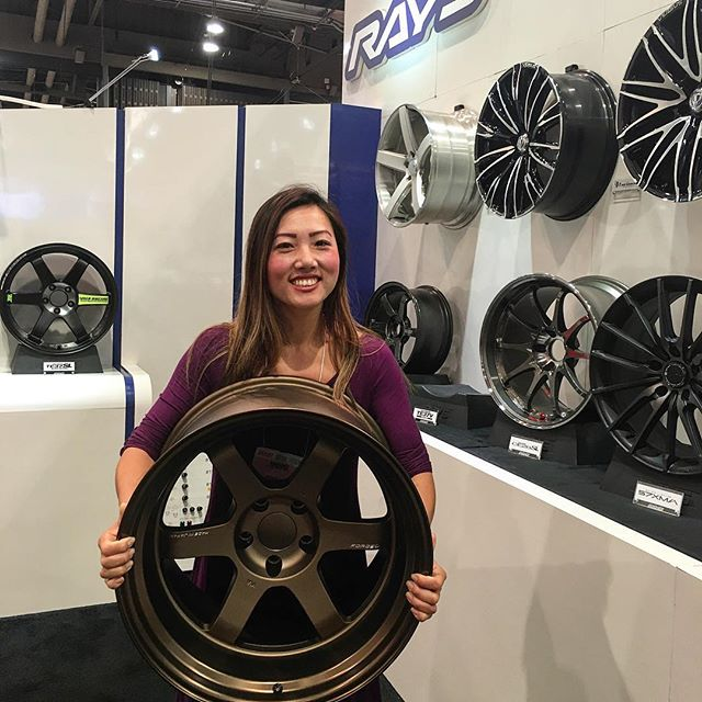 When you are so excited over #rayswheels //Still not understanding why the boyfriend has his own wheel company but you don't have the new TE37V's?!?// #cargirl //Chinocheesing// #pandasadventures 🏽🏎