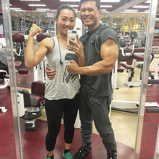 Chung li over here growing big guns like Asian Ryu! #fitcouple #fitness 🏋🏽🏼🏋🏽🏼 @swayray #pandasadventures