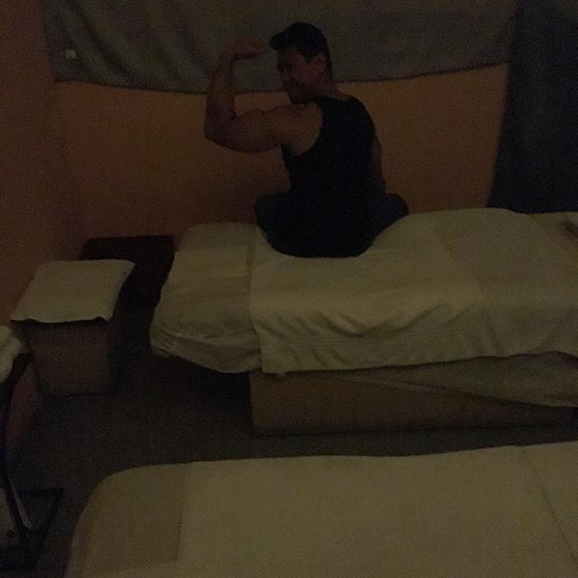 After gym it's time for overpriced Chinese massages!?!  #pandasadventures Thanks @swayray