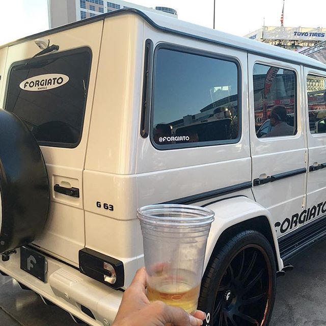 I've always wanted a G wagon... So pretty!! 🚐 #pandasadventures #luxurycars