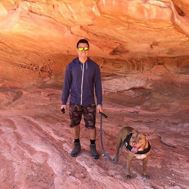 Inside an archy mountain?!? #pandasadventures #hiking #tourists 🏼🏞🐕 @swayray