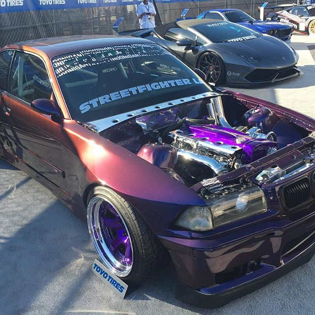 Sweet November! #sema #pandasadventures  //BMW chassis with an RB// so awesome....