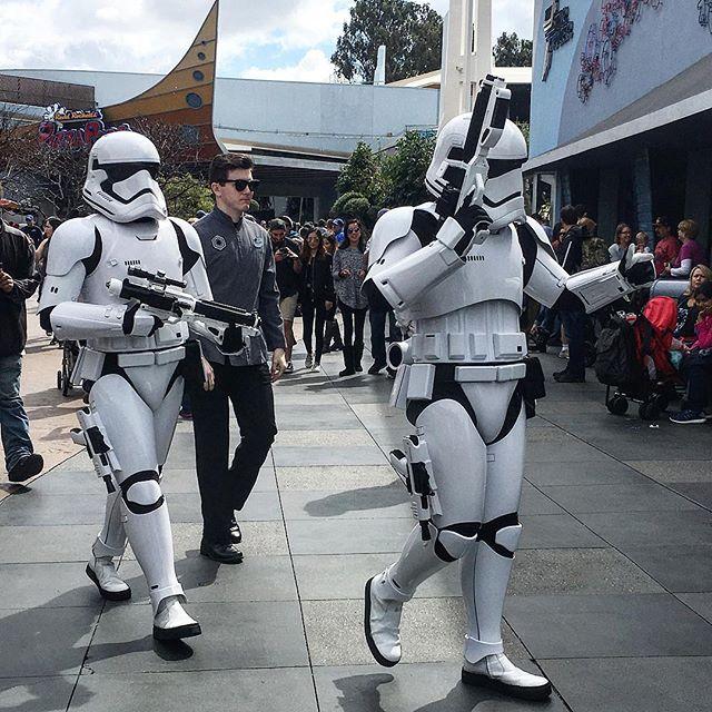 Hiii storm troopers!! #pandasadventures