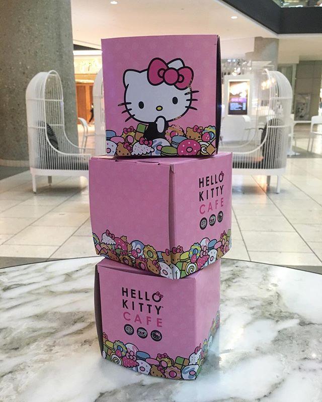 Even the boxes are cute #hellokitty #pandasadventures