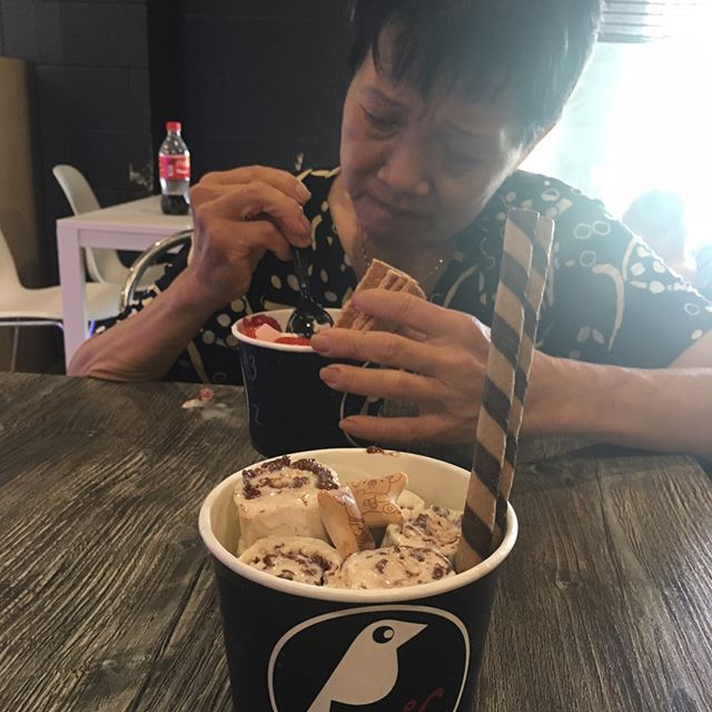 Taking Mom out for an adventure because I she deserved it! #pandasadventures #icecream