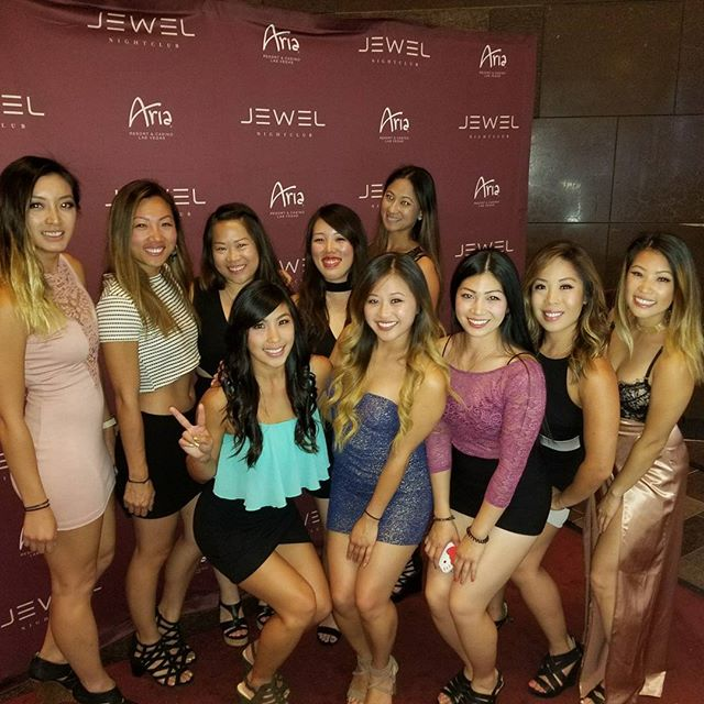 Such an amazing time with his squad. Swipe right for reals ladies. #girlsweekend #pandasadventures #whatsyourcreditscore #aboutlastnight