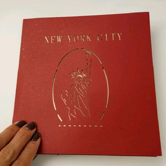 How cute is this card from my work gf a.k.a. LLP?!? To comolete this gift, I need to get an airplane ticket, accomodation and adventures in NYC. Believe it or not, I have never been to the cuty that never sleeps.  #Pandasadventures #newyork