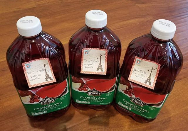 This is what I am giving some of my gfs for xmas. I always keep a bottle on hand, you never know... better to be safe than sorry!! Merry Christmas! 🥂🦌 #Pandasadventures #cranberryjuice